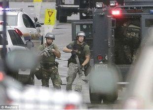 مقتل 7 في عملية إطلاق نار في مقر البحرية الأمريكية