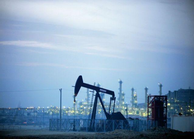 الكويت توقع عقدا لتصدير النفط لآسيا بعائد متوقع ملياري دولار سنويا