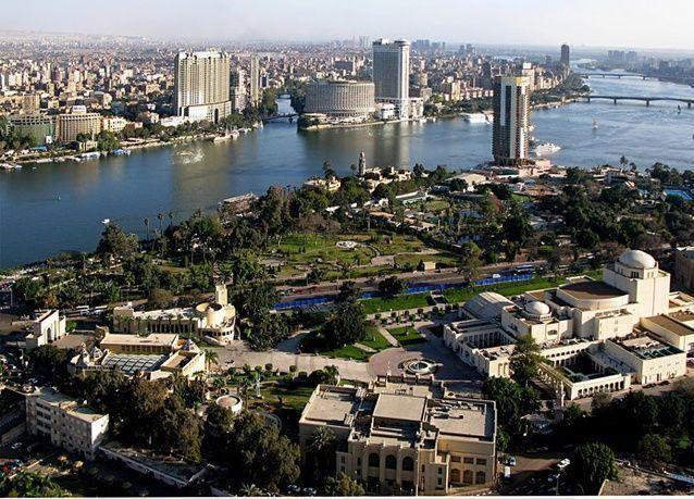 السعودية تنظم منح تأشيرة زيارة المصريين
