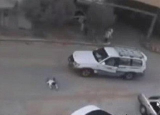 فيديو: طفل سعودي ينجو من الدهس بأعجوبة
