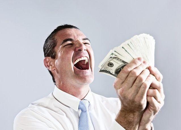 الزيادة المرتفعة لرواتب الرؤوساء التنفيذيين تضّر الأداء المالي للشركات