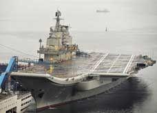 مع تنامي التوتر بين عملاقي آسيا.. الصين ترسل أولى حاملات الطائرات لديها في مهمة رسمية