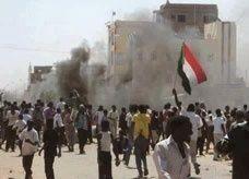 مقتل 31 بينهم وزير في تحطم طائرة سودانية