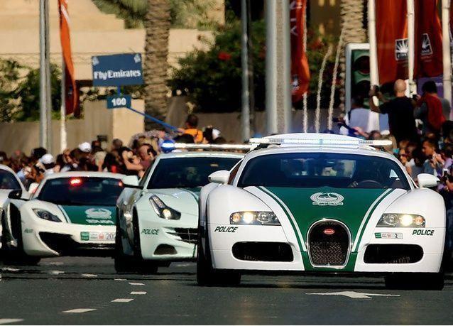 بـ 14 ألف درهم فما فوق.. شرطة دبي توظف خلال 10 دقائق