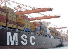 موانئ دبي العالمية تبيع حصتها في ميناء حاويات أديليد