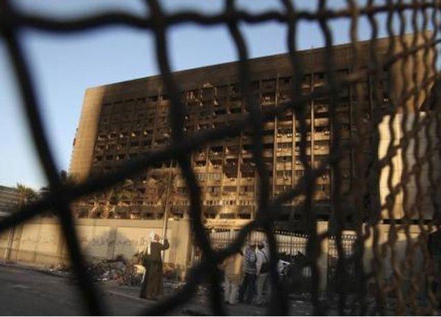 البدء بهدم مقر الحزب الحاكم في عهد حسني مبارك