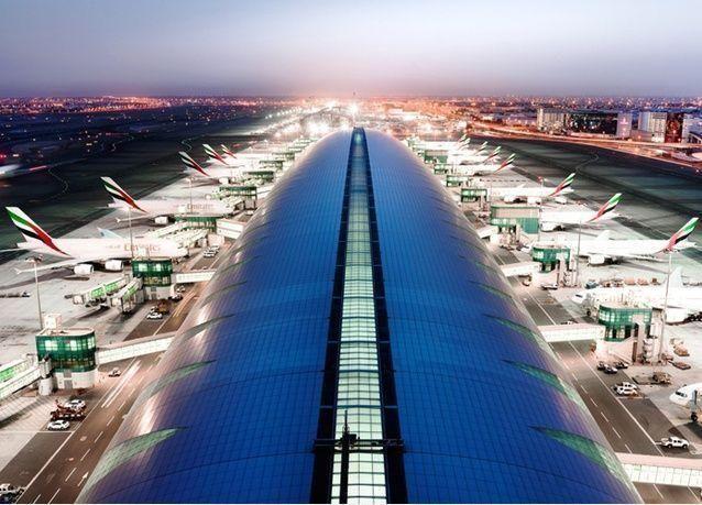 كل ما يلزمك معرفته عن خطط تخفيف قيود السفر إلى دبي