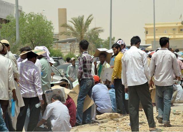 السعودية تسمح بنقل العمالة بين كيانات المنشأة الواحدة بعد مرور عامين