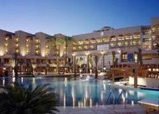 1.5 مليار دولار حجم الإستثمارات السياحية العراقية في الأردن