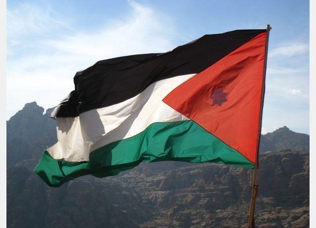 الأردن وزارة العمل أغلقت 155 مؤسسة بالشمع الأحمر لتشغيلها عمالاً غير مصرح عنهم
