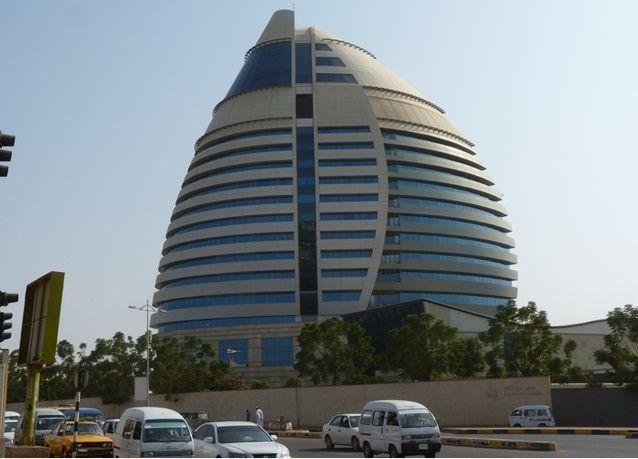 شركة مملوكة لسعوديين تعتزم إنشاء 50 برجاً في السودان