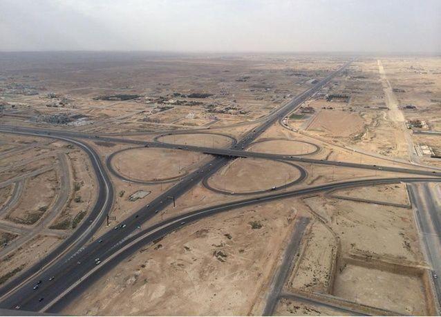 وزارة الإسكان السعودية تفرض 2.5% رسوماً على الأراضي البيضاء