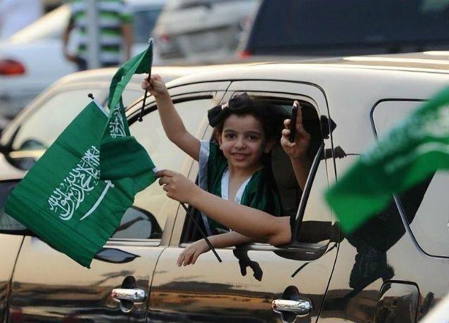 السعوديون .. ثالث أكثر شعوب العالم سعادة