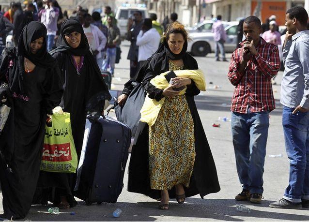 وزارة العمل السعودية تبدأ باستخراج تأشيرات العاملات الهنديات