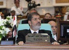 بينهم مسيحي.. إخوان مصر: مرسي قرر تعيين ثلاثة مساعدين