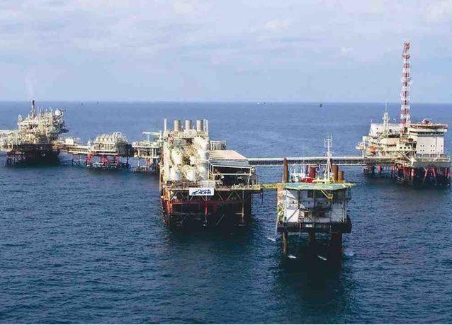 مبادلة للبترول الإماراتية تستهدف عمليات شراء في آسيا مع هبوط النفط