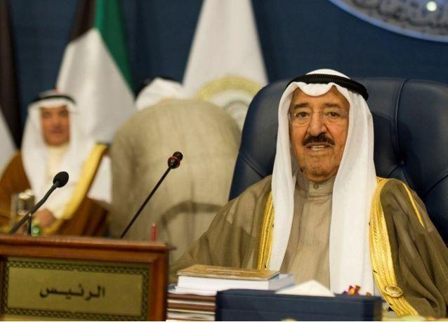 أمير الكويت يقوم بزيارة نادرة لإيران لتعزيز العلاقات