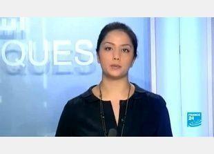 مذيعة لبنانية تبكي مدينتها على الهواء مباشرة