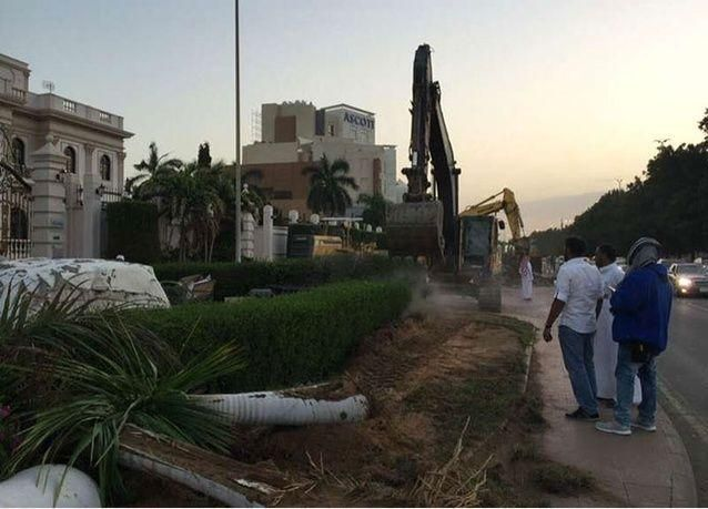 لجنة رصد التعديات على شوارع جدة السعودية تكشف إغلاق 164 شارعاً بطرق مخالفة