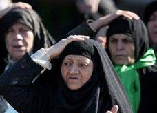 مصر: شقيقان يقتلان شاباً ويحلقان شعر رأس أمه أخذاً بالثأر