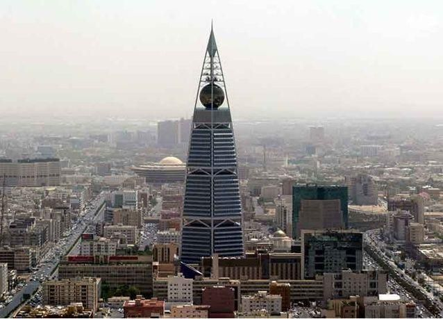 الرياض تتفاوض مع البنوك السعودية لإقراض موظفي القطاع الخاص