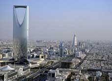 أمير سعودي: اليابان تستخدم 62% من كهربائها في الصناعة بينما المملكة تستهلك 70% للاستخدام المنزلي