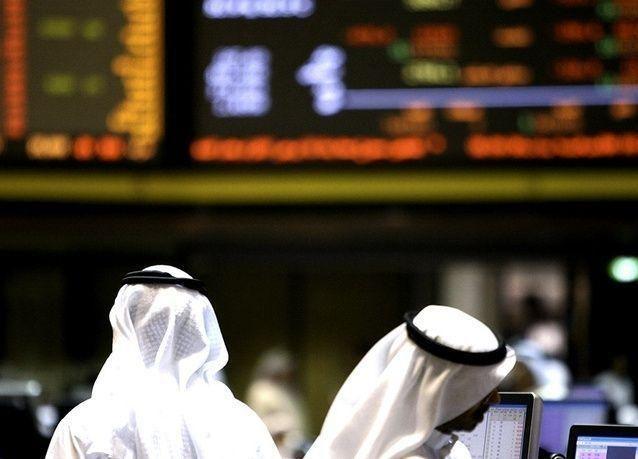 بورصات الخليج ترتفع بحذر بعد استقرار النفط