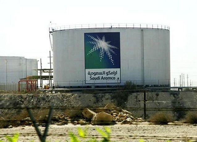 أرامكو السعودية تتطلع إلى بيع أول شحنة نفتا من مجمع الجبيل