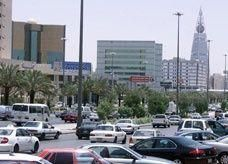 تحركات على أعلى الصعد لإلغاء قرار وزارة العمل السعودية حول الـ 2400 ريال