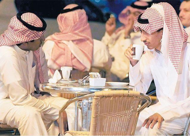 الوافدون يسيطرون على 88% من الوظائف الجديدة في السعودية