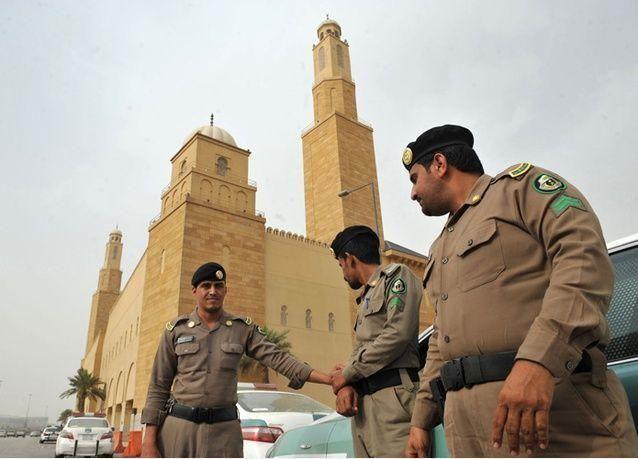 رجل أعمال سعودي فار يسلم نفسه للسلطات