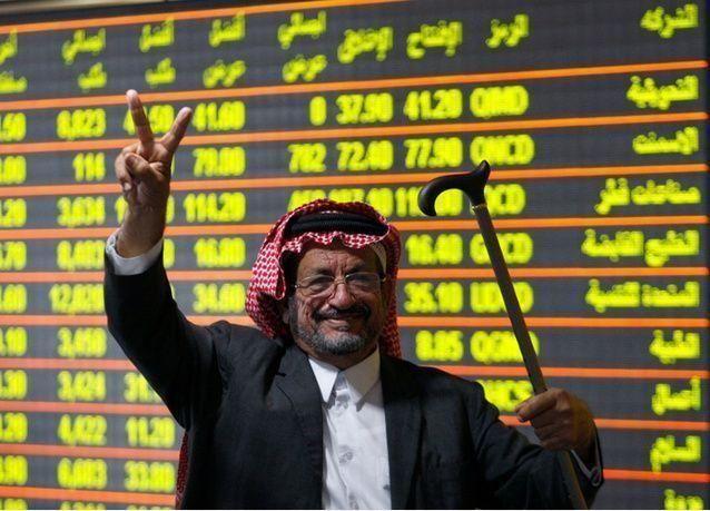 البنوك تدفع بورصة السعودية لأعلى مستوى هذا العام وأداء ضعيف لباقي أسواق الخليج