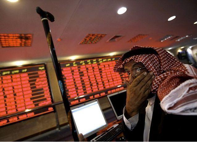 البورصة السعودية تتراجع أكثر من 3% وتباين الأسواق الأخرى