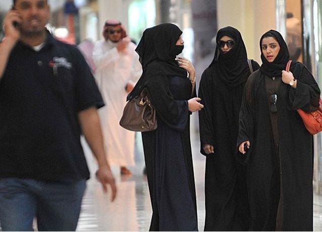 السعودية جادة بقرار إغلاق المحلات الساعة التاسعة مساء.. والإعلان رسمياً قبل نهاية العام