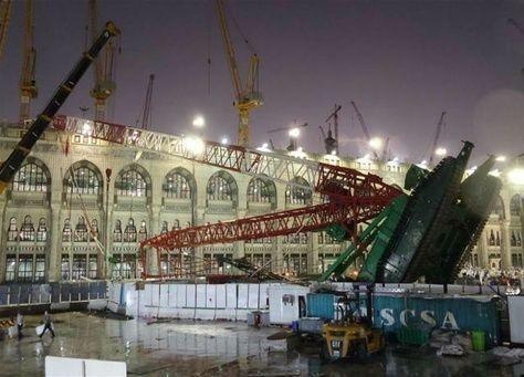 مصر: مجموعة بن لادن استغنت عن 15% من عاملي مشروع تطوير الحرم المكي