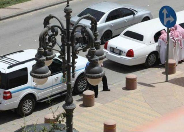 مبتز يطعن 4 أعضاء هيئة.. يشعل تويتر ويقسم السعوديين