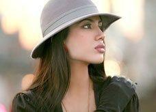 """ممثلة سعودية حسناء تدخل عالم """"بوليوود"""""""
