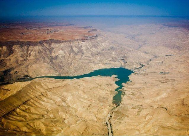الأردن وإسرائيل يوقعان اتفاق مشروع مياه بقيمة 900 مليون دولار