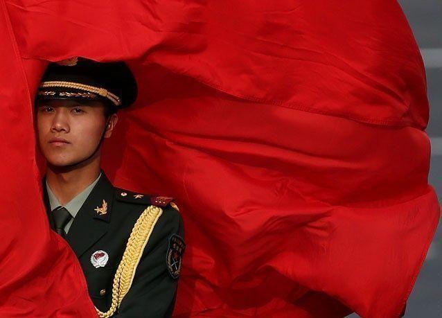 الاعلام الغربي يدفع الامور نحو ثورة في الصين