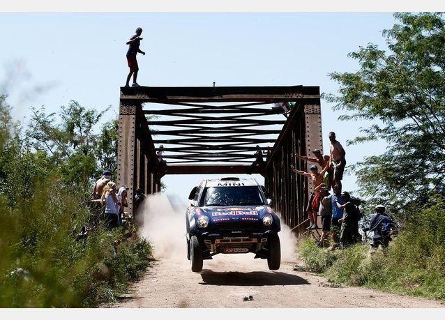 القطري ناصر العطية يحرز لقبه الثاني في سباق رالي داكار فئة السيارات