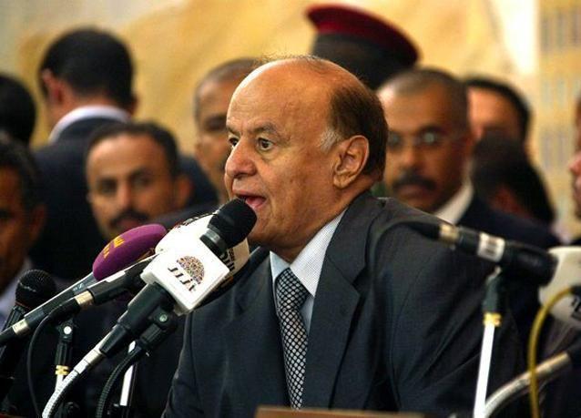 الرئيس اليمني يتعهد بإنهاء انقسام الجيش ويتوعد بمحاربة القاعدة