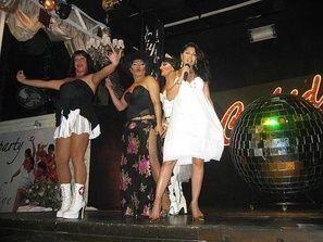 هيفاء وهبي تحيي حفلاً للمثليين في تركيا
