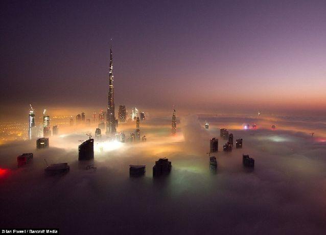 دبي من الجو: صور مميزة لمدينة تسبح في الغيوم