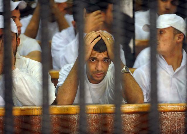 إحالة عدد من المتهمين بمجزرة بورسعيد إلى فضيلة المفتي