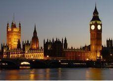 """انطلاق سباق """"ماراثون لندن"""" بمشاركة الآلاف"""