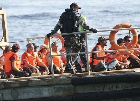 أكثر من نصف الأستراليين يطالبون بإغلاق الحدود بوجه المهاجرين
