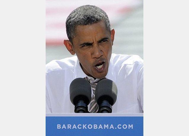 أوباما يعتزل الغناء بطلب من زوجته!