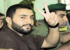 """أسير فلسطيني يصبح أبا عبر تهريب """"حيواناته المنوية"""" من السجن"""