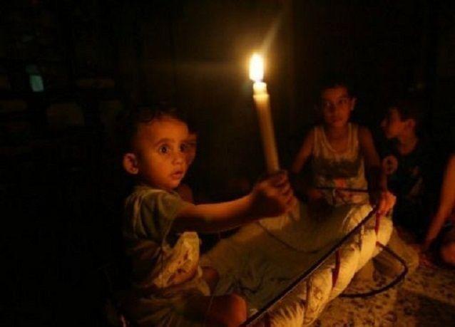 مخاوف من انقطاع التيار الكهربائي عن بعض المدن الفلسطينية بسبب ديون شركة كهرباء القدس