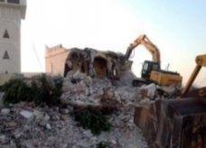 إسلاميون متشددون يهدمون أضرحة في ليبيا